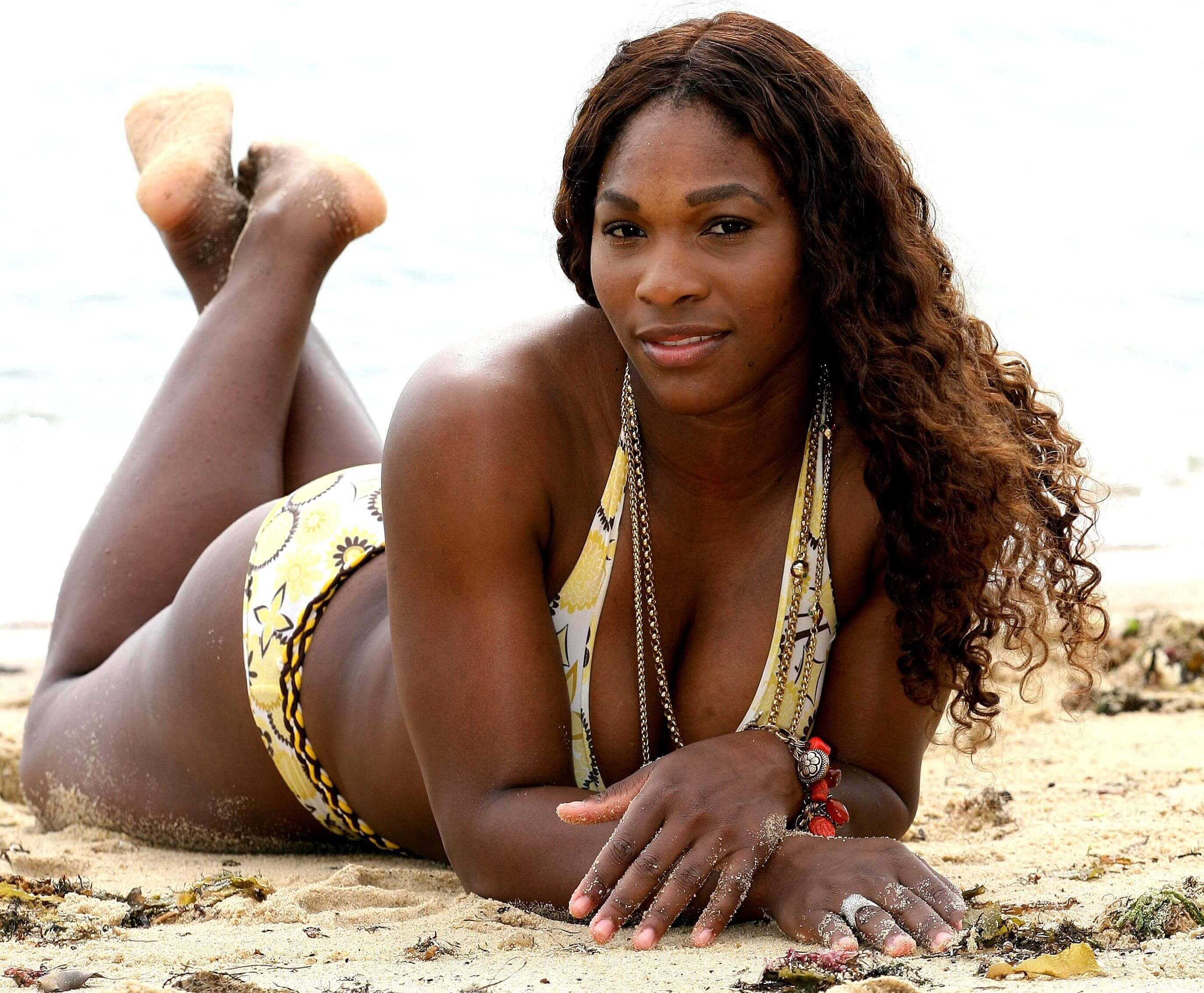 Serena Williams hoot butts pic
