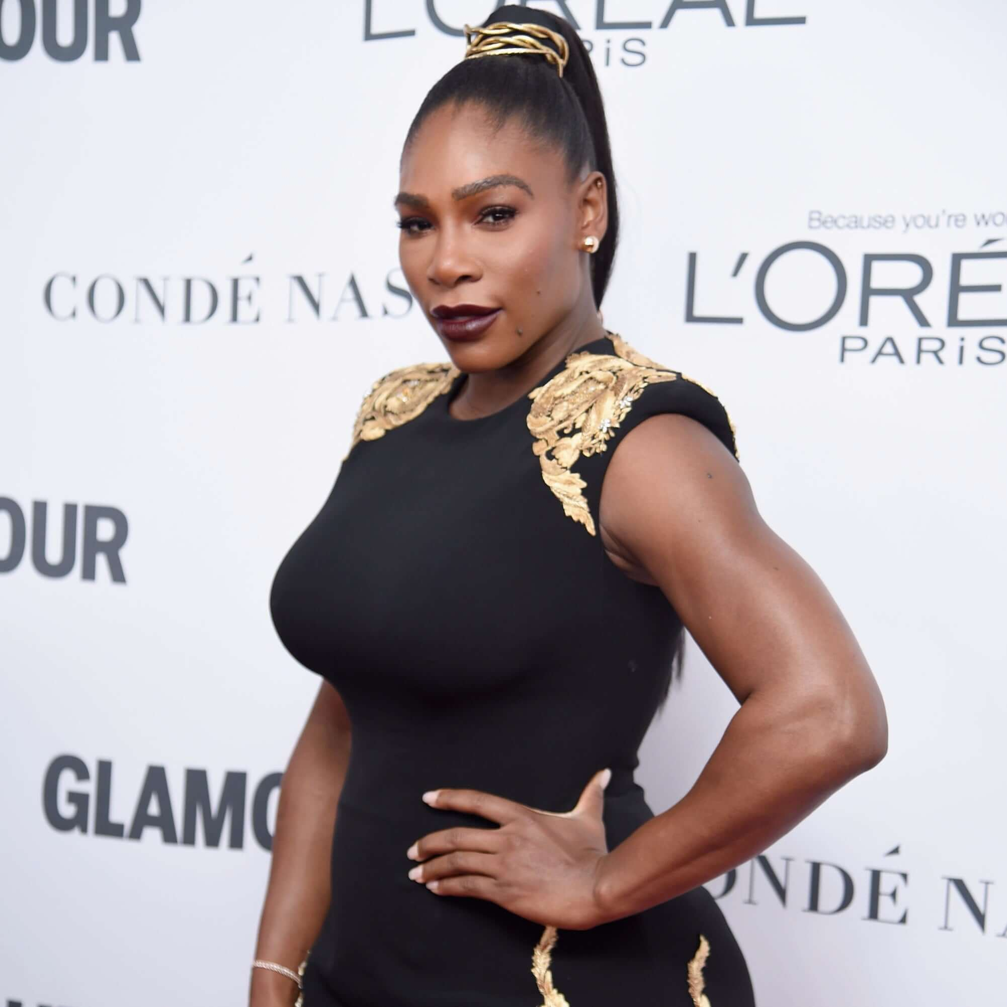Serena Williams hot busty pics