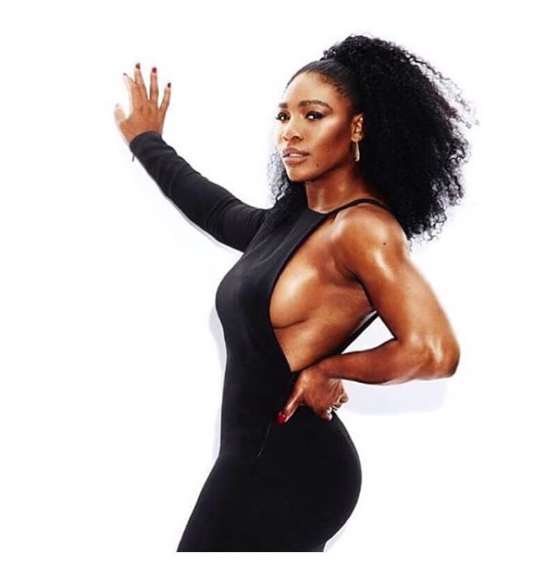Serena Williams hot cleavages pic