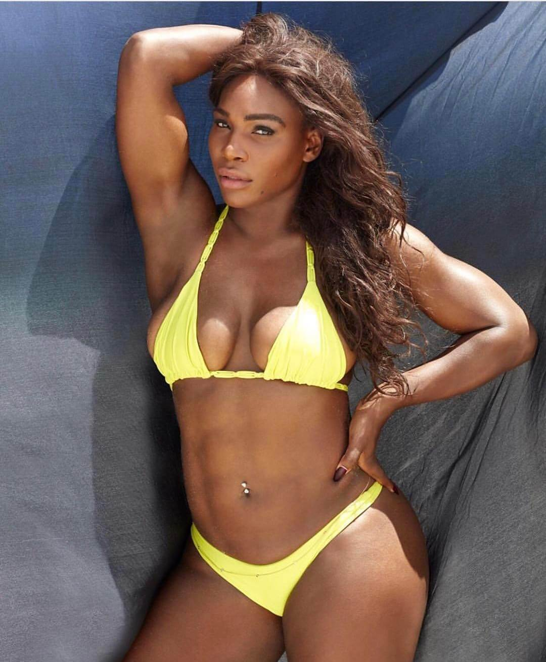 Serena Williams sexy boobs pic