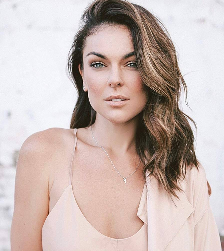 49 Hot Pictures Of Serinda Swan Which Are Here To Rock Your World