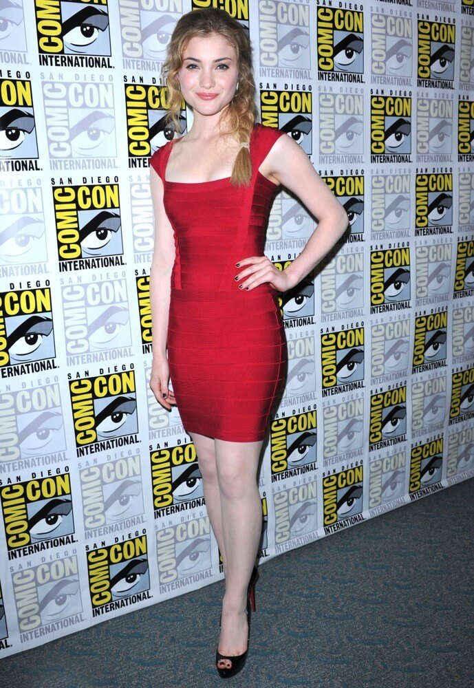 Skyler Samuels awesome pic