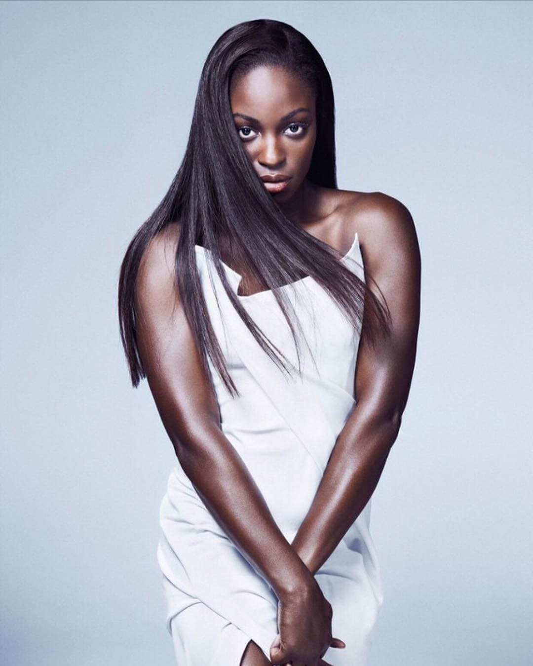 Sloane Stephens hot cleavage pics