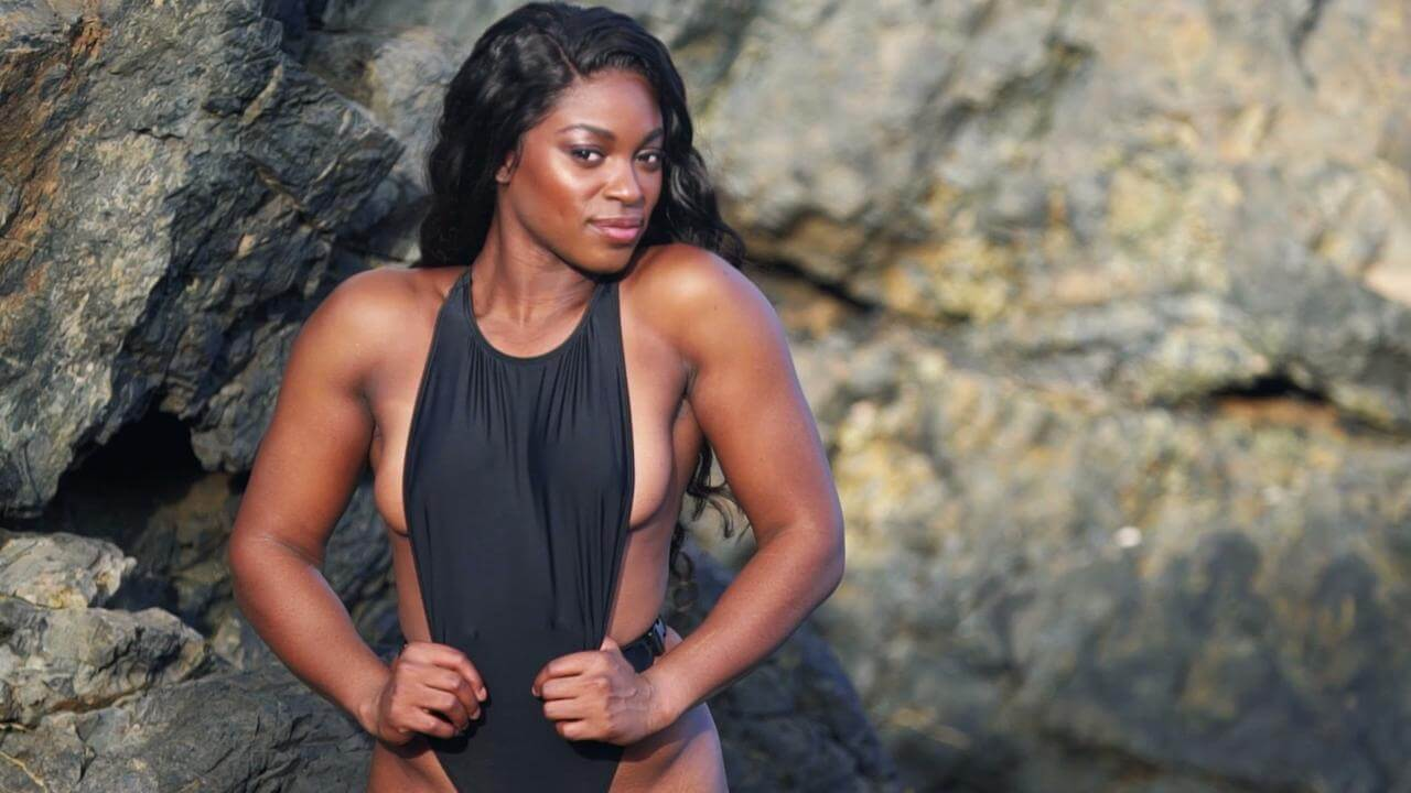 Sloane Stephens hto cleavages pictures