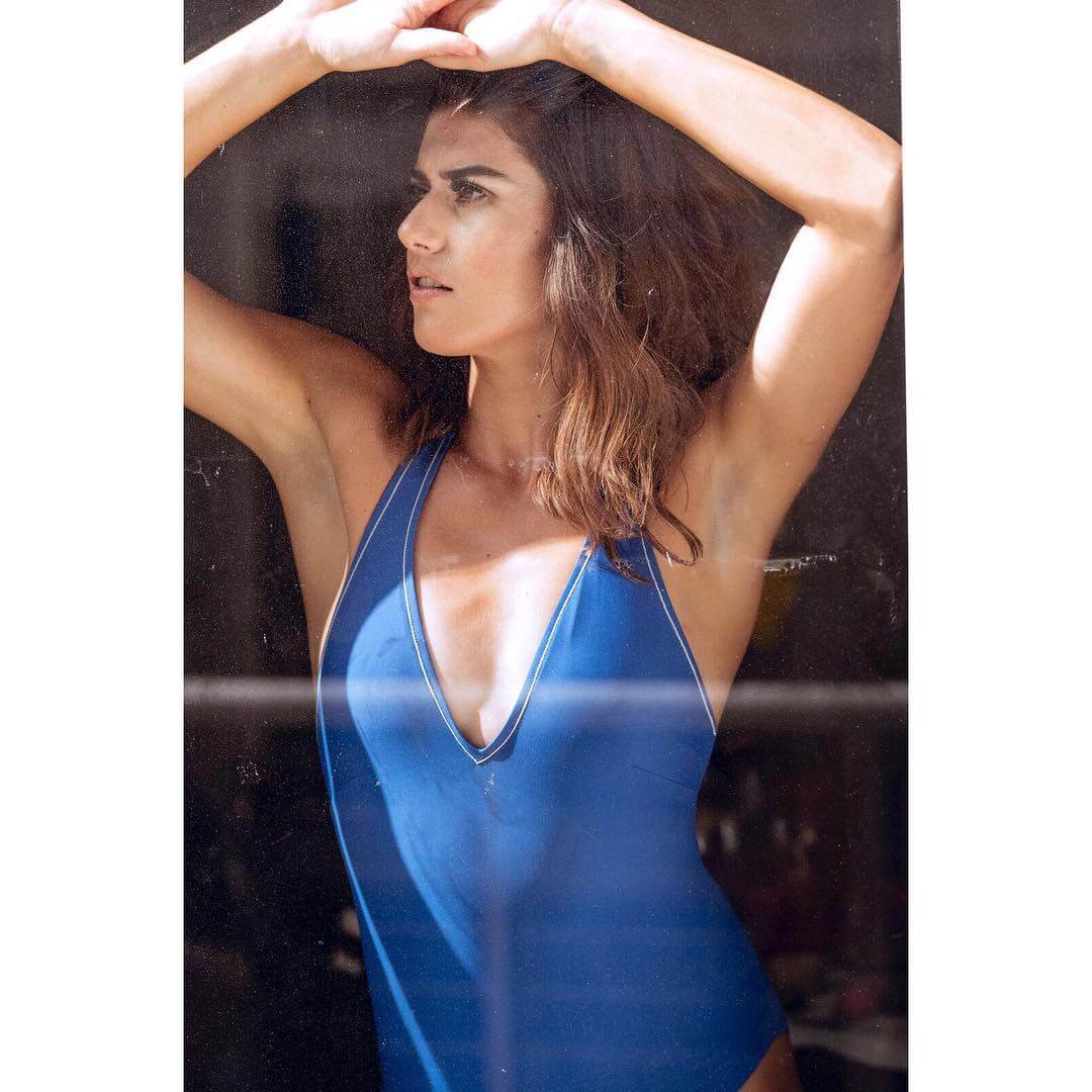 Sorana Cirstea sexy cleavages picturs