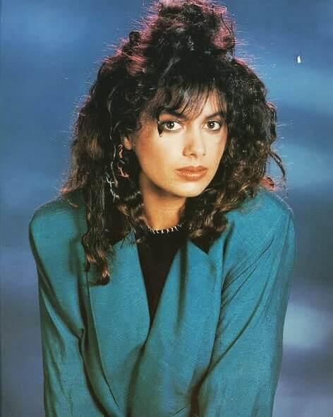 Susanna Hoffs awesome pic