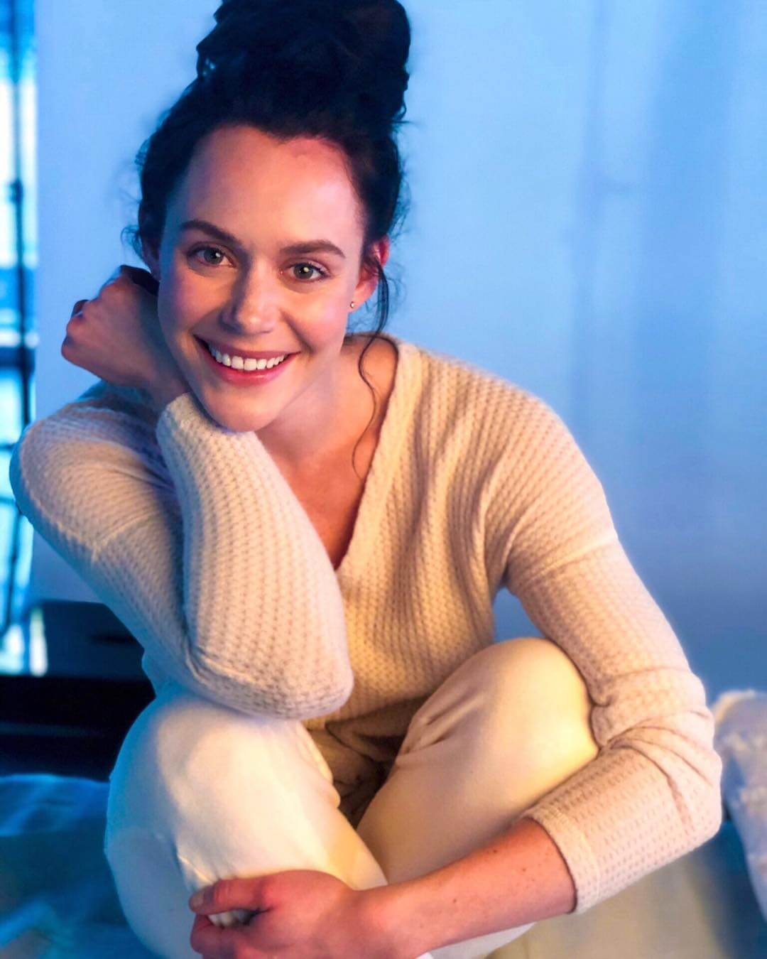 Tessa Virtue hot smile