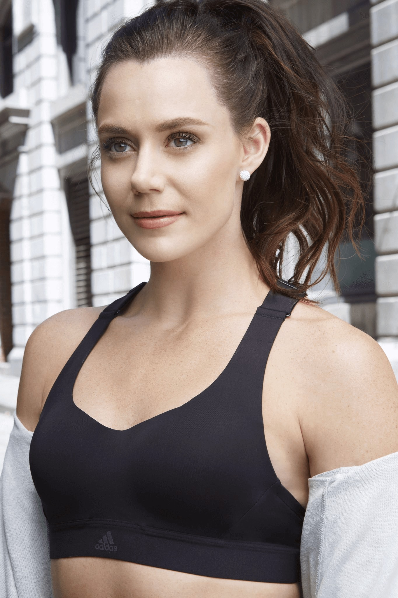 Tessa Virtue hot