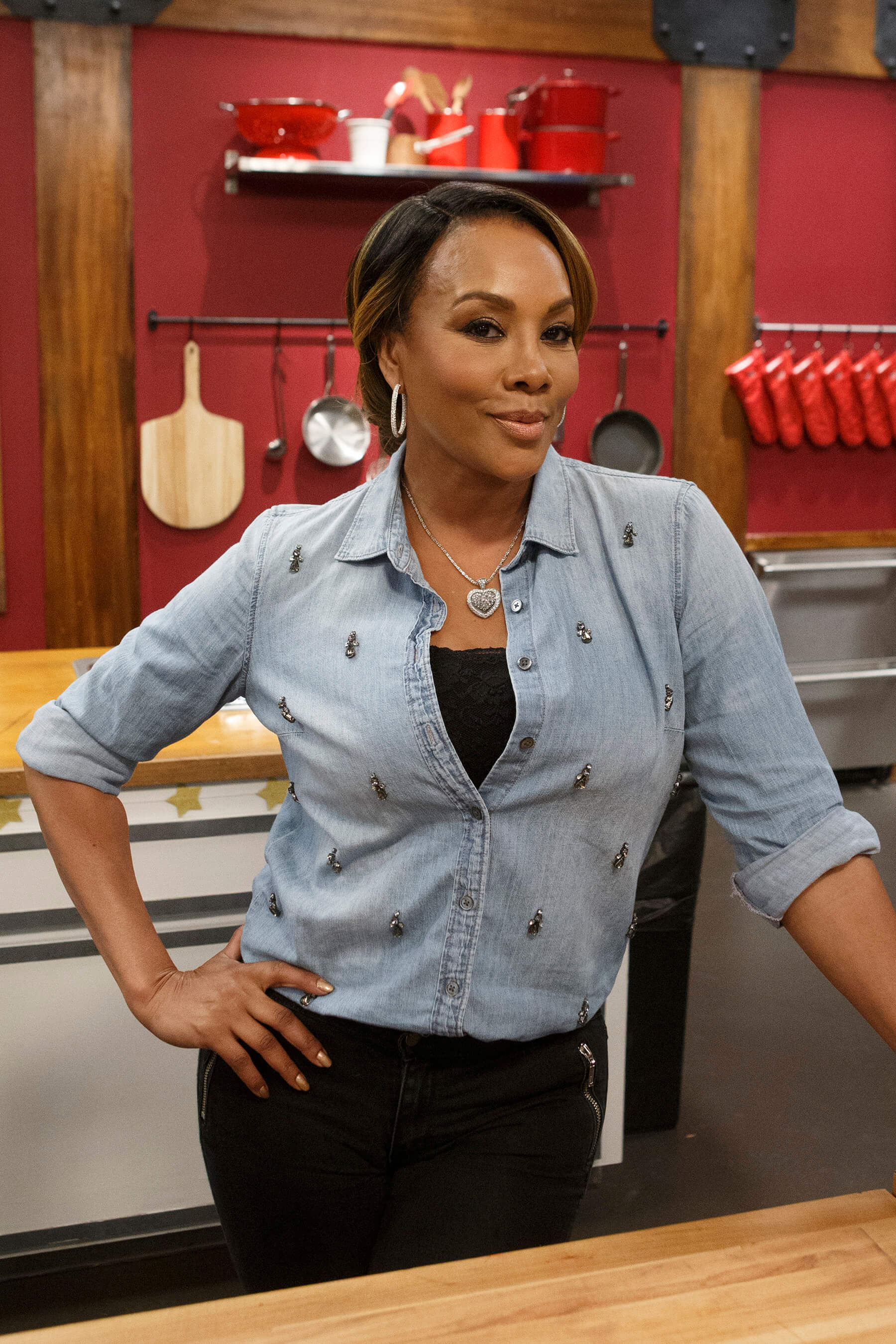 Vivica A. Fox hot picture (2)