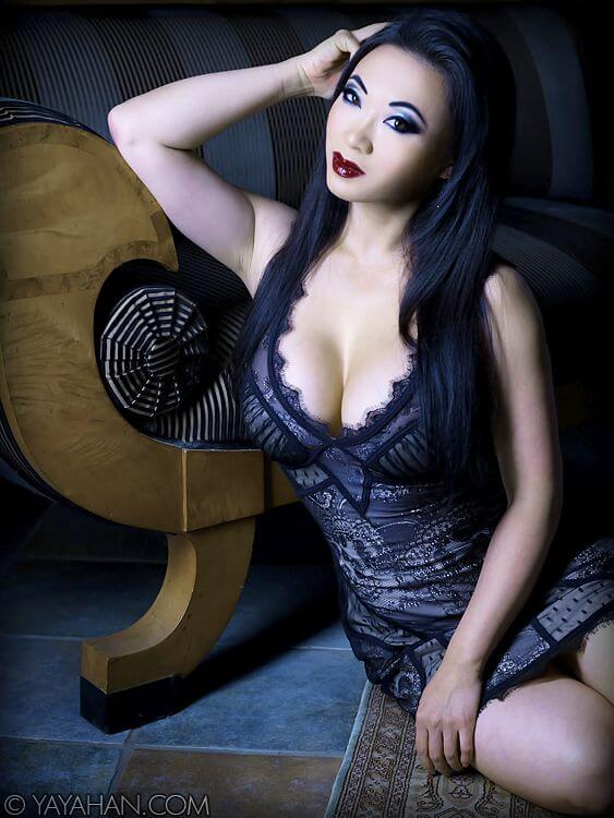 Yaya Han beautiful dress