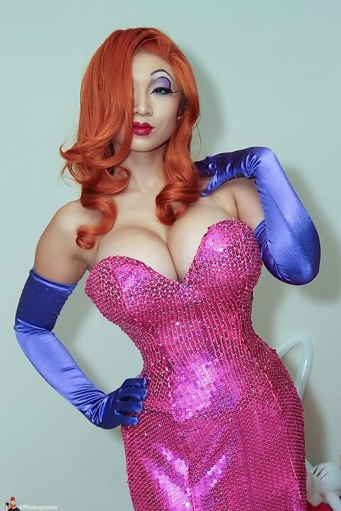 Yaya Han cleavages awesome p[ic