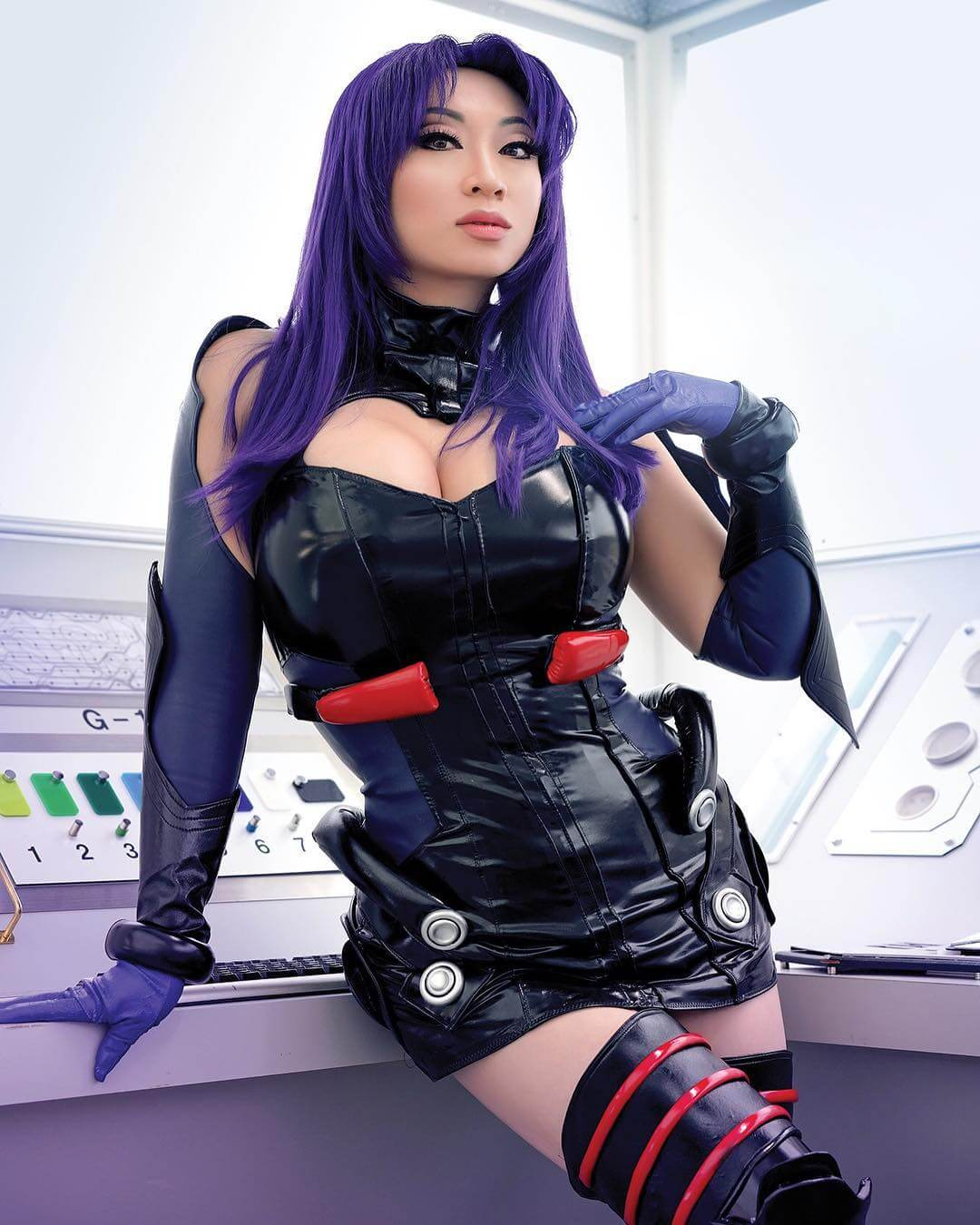 Yaya Han cleavages sexy dress