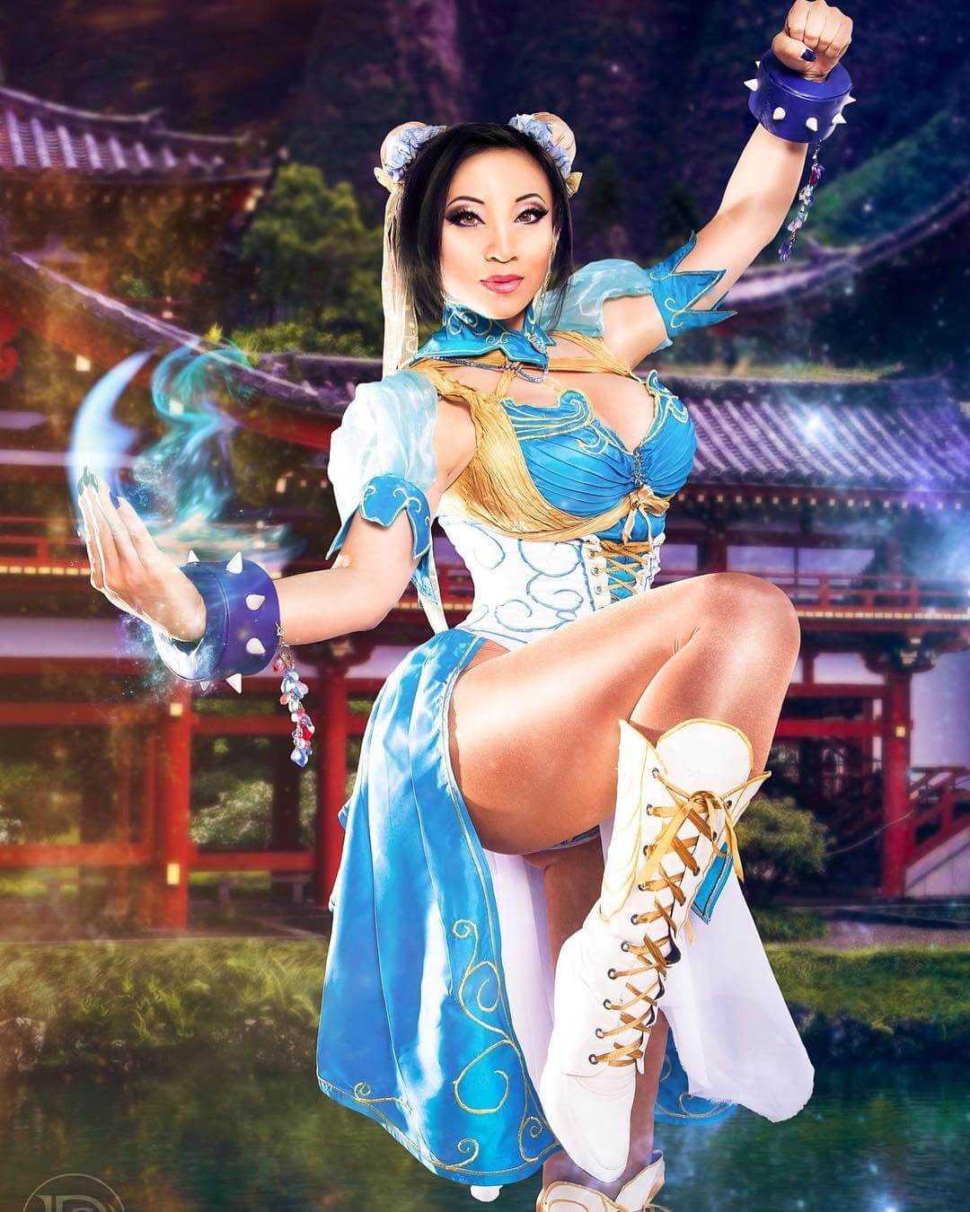 Yaya Han sexy photo