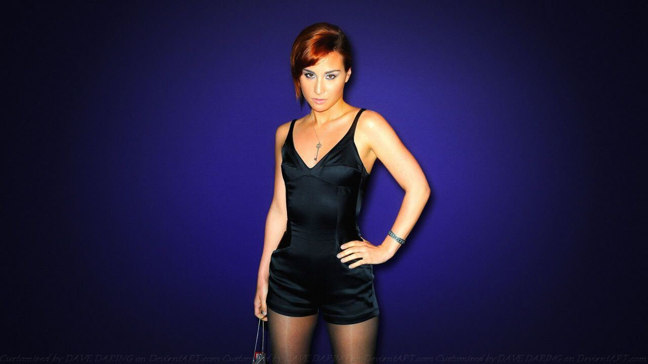 100 Images of Allison Scagliotti Hot