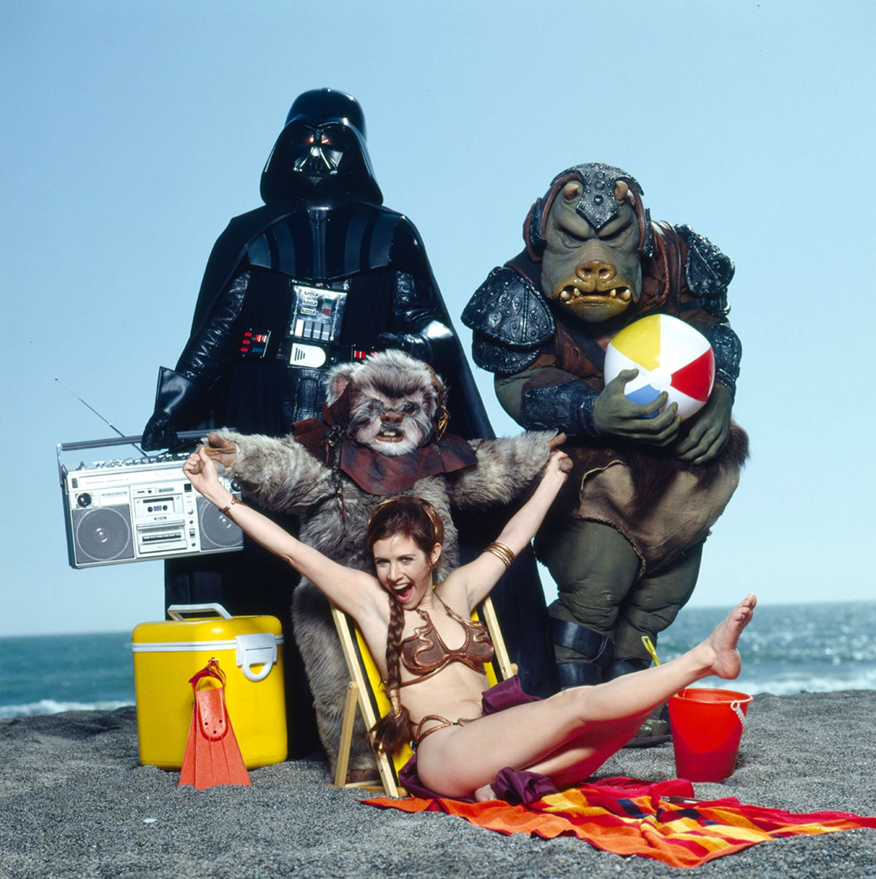 carrie fisher beach pictures