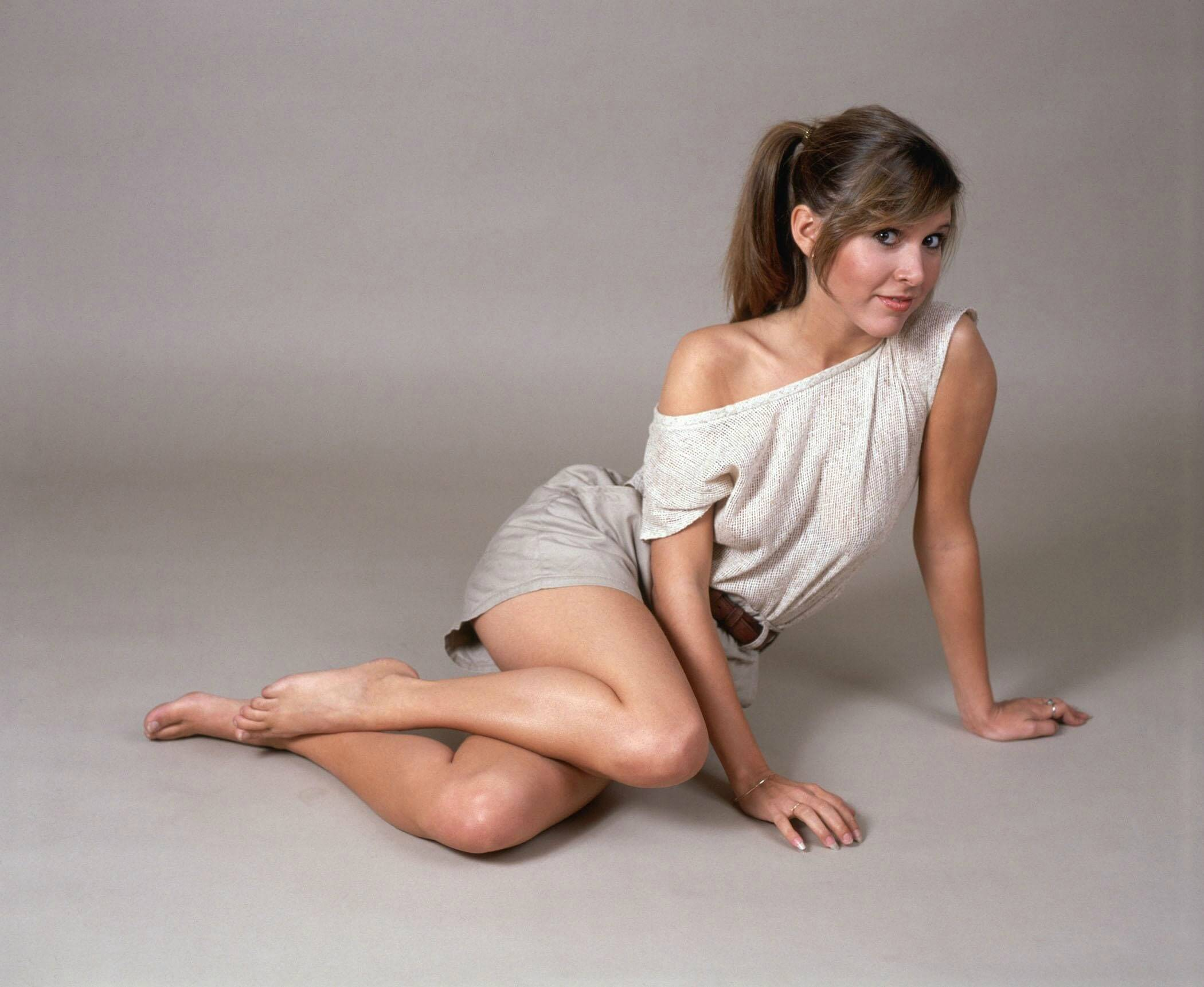 carrie fisher thighs