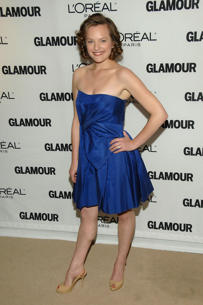 elisabeth moss hottie look