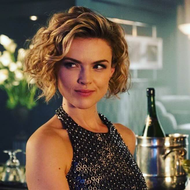 erin richards sexy look
