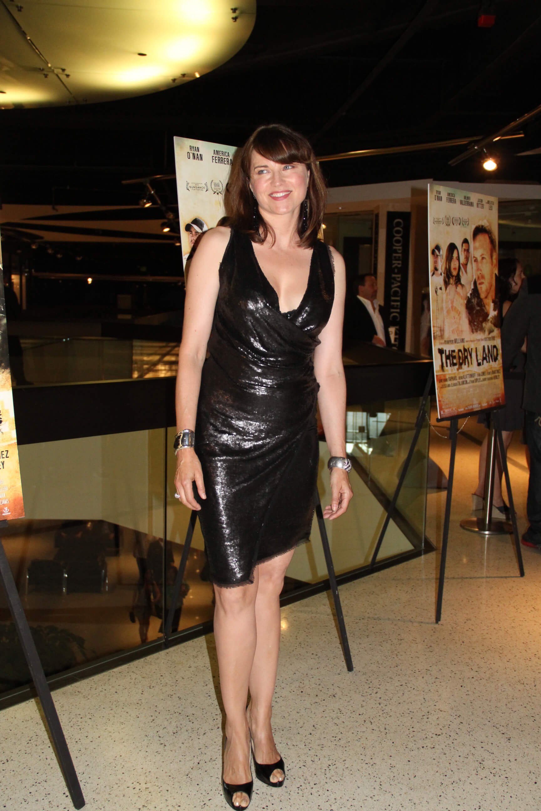 lucy lawless black dress