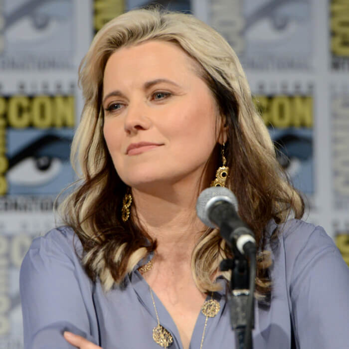 lucy lawless goodlooking