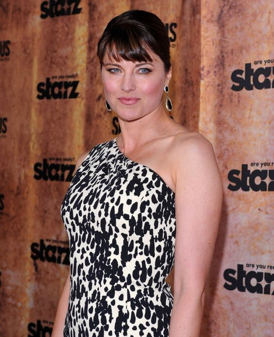 lucy lawless gorgeous
