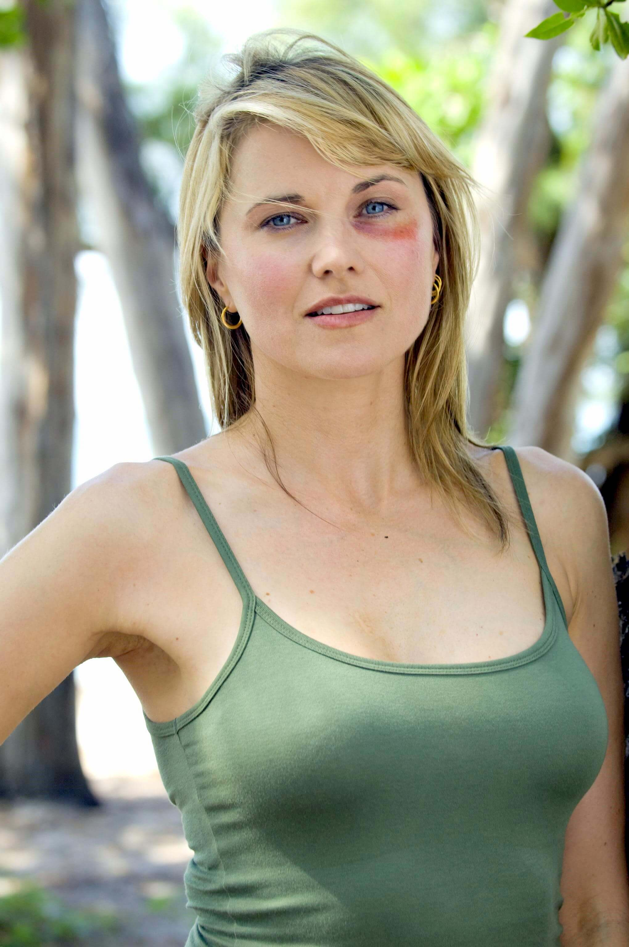 lucy lawless hot eyes