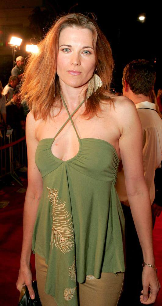 lucy lawless looking good