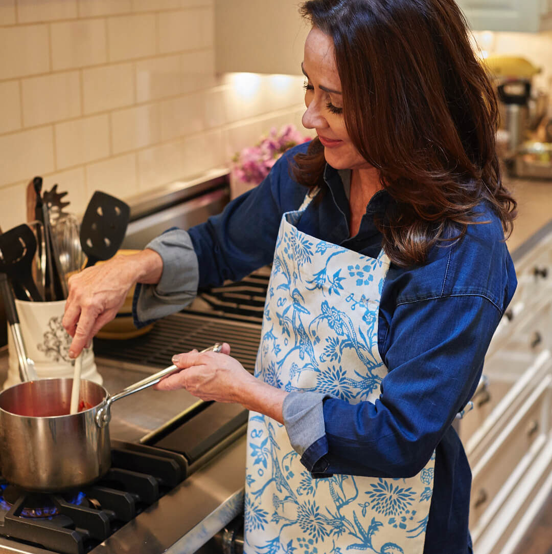 patricia heaton making dish