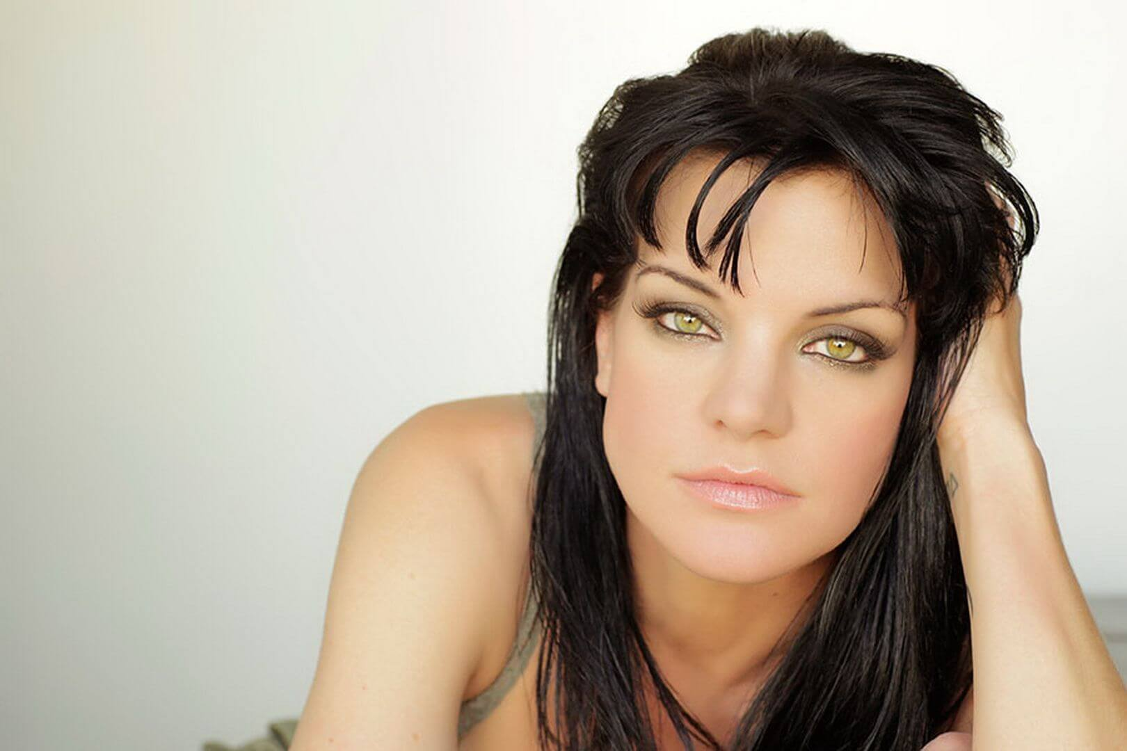 pauley perrette sexy eyes