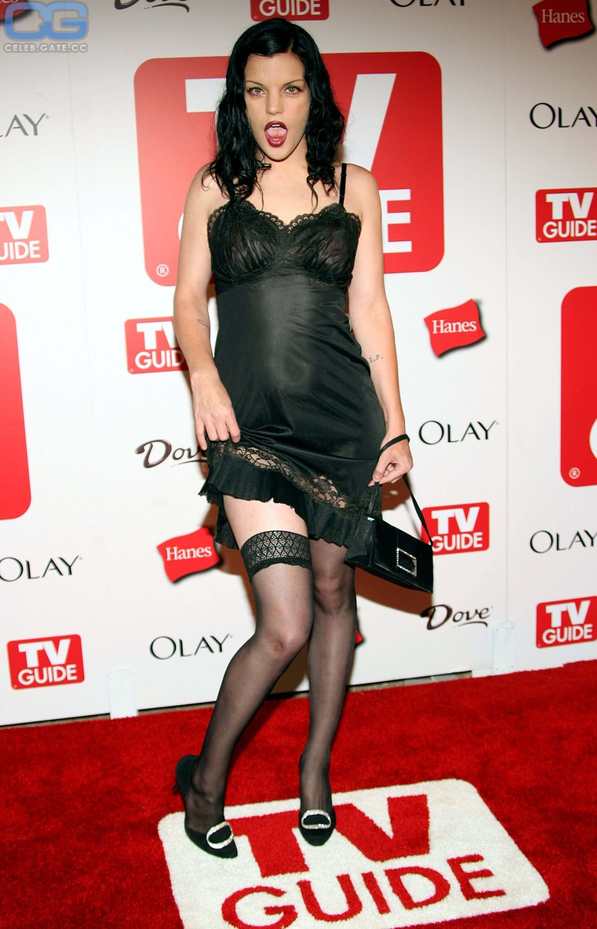 pauley perrette sexy look