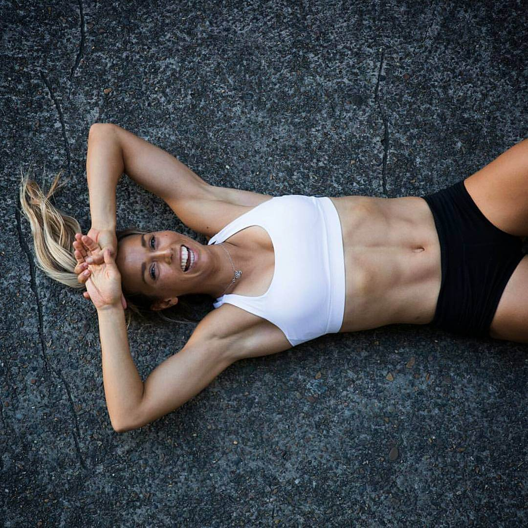 sally fitzgibbons hot body