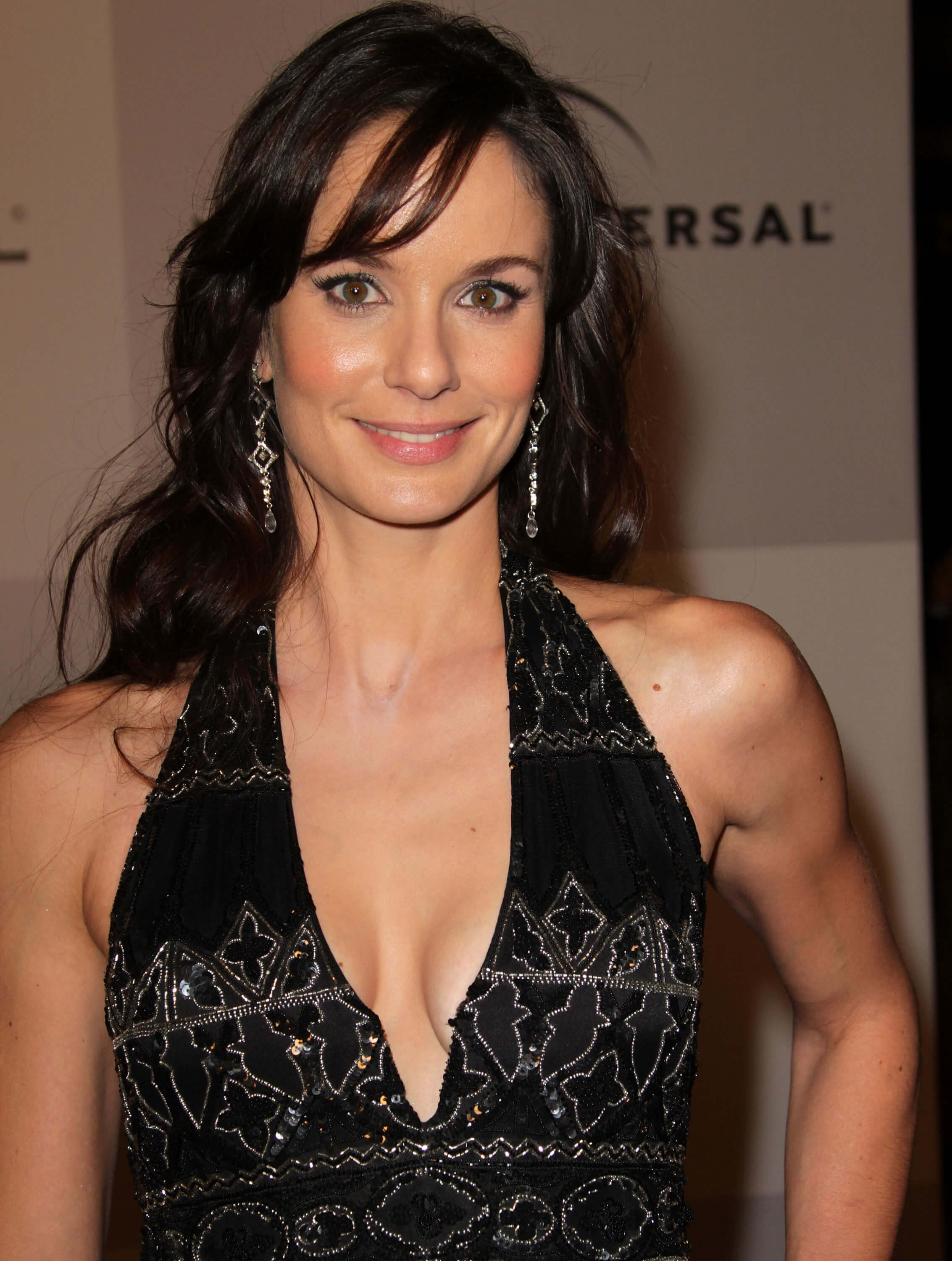 sarah wayne callies cleavage pics