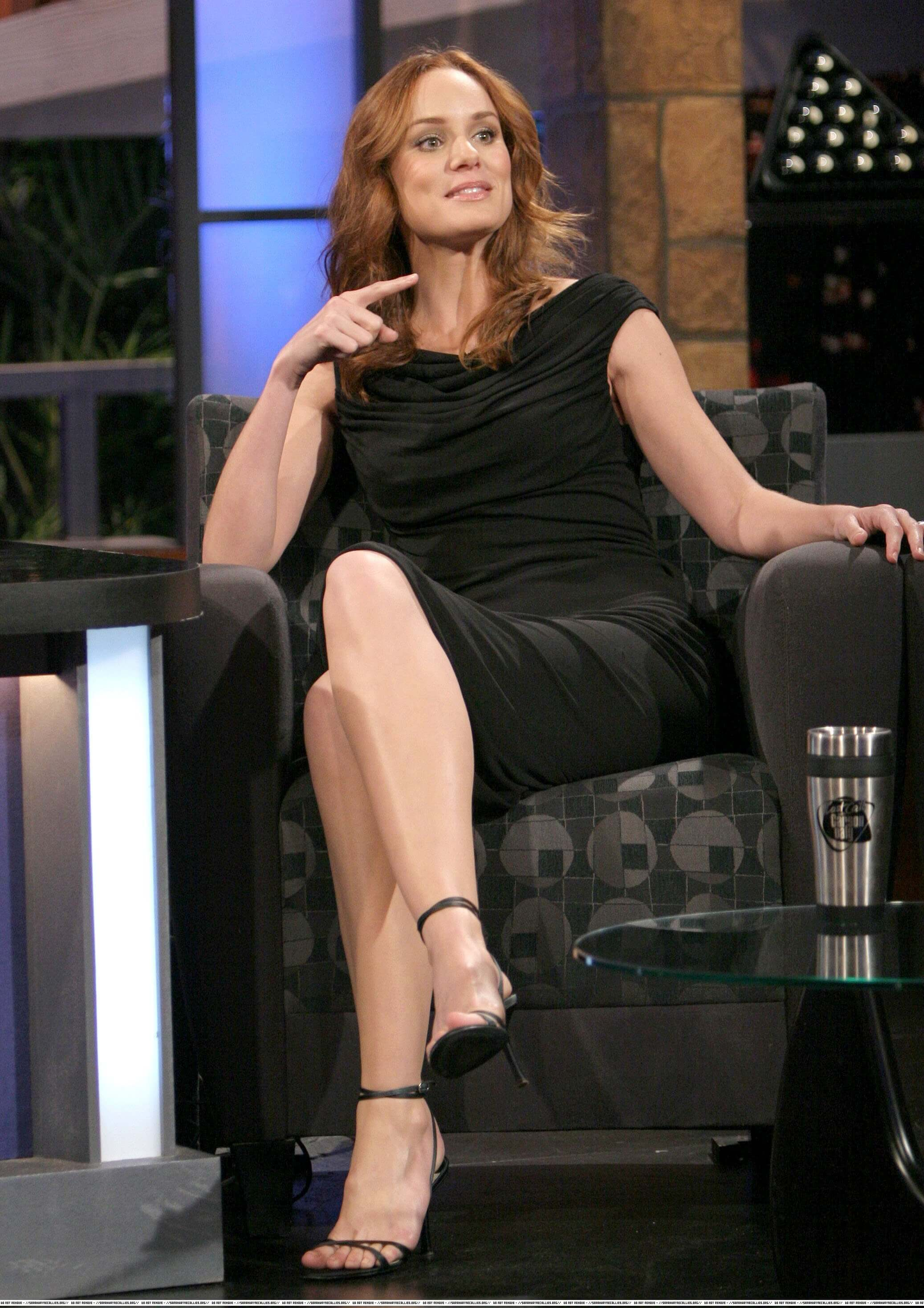 sarah wayne callies hot toes nails