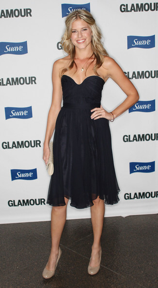 sarah wright black dress pics