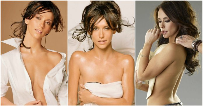 49 Hot Pictures Of Jennifer Love Hewitt Which Are Stunningly Ravishing