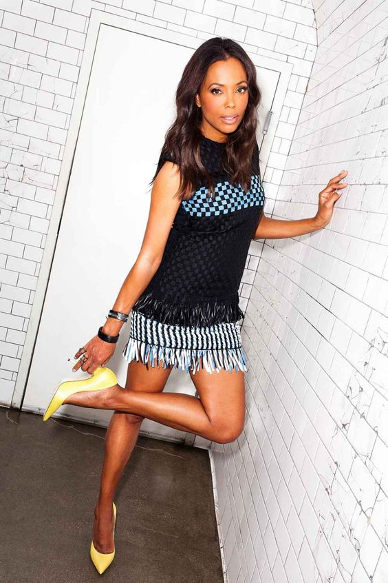 Aisha Tyler Hot in Short Dress