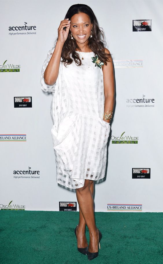 Aisha Tyler Hot in White Short Dress
