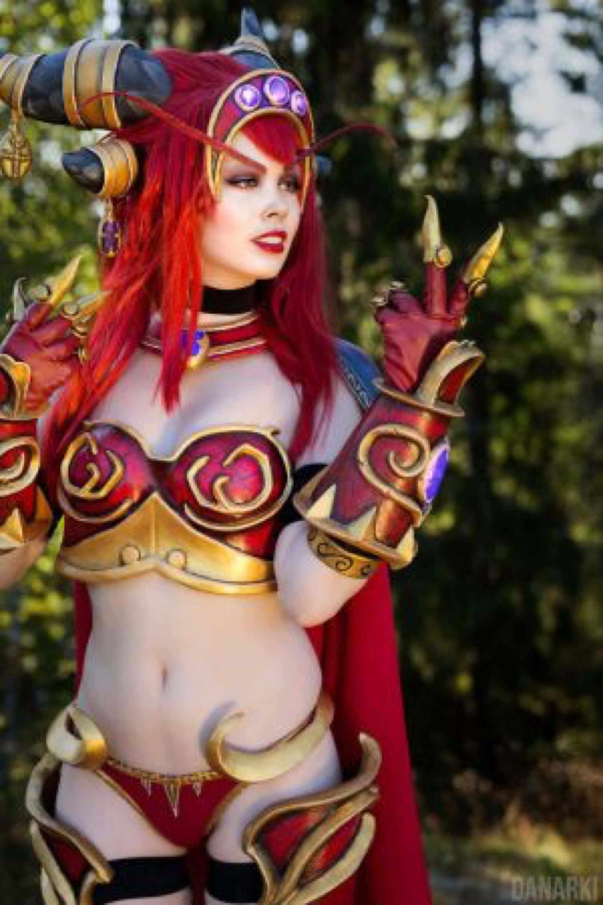 Alexstrasza hot lceavages pics