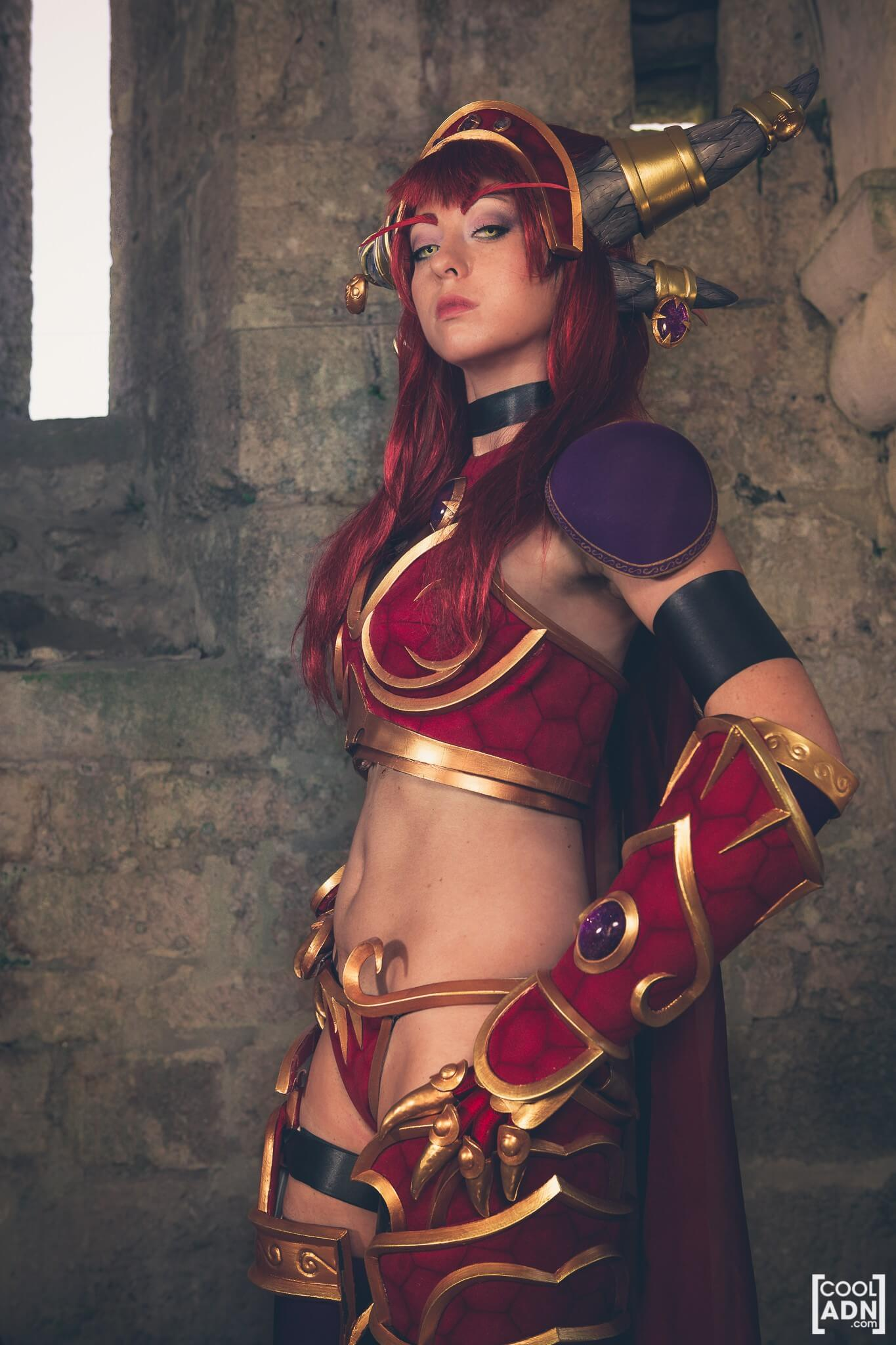 Alexstrasza sexy side picture