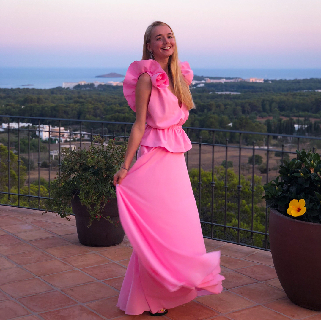 Alyona Chekhova Hot in Pink Dress