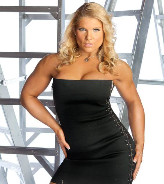 Beth-Phoenix hot look