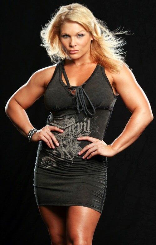 Beth-Phoenix sexy black dress photo