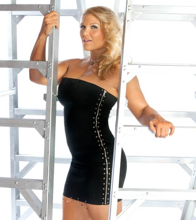 Beth-Phoenix tite black dress