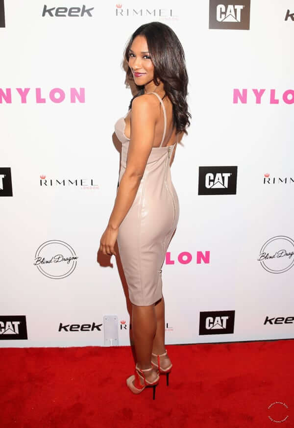 Candice Patton hot side pciture