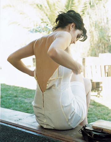 Carrie Anne Moss Sexy Back