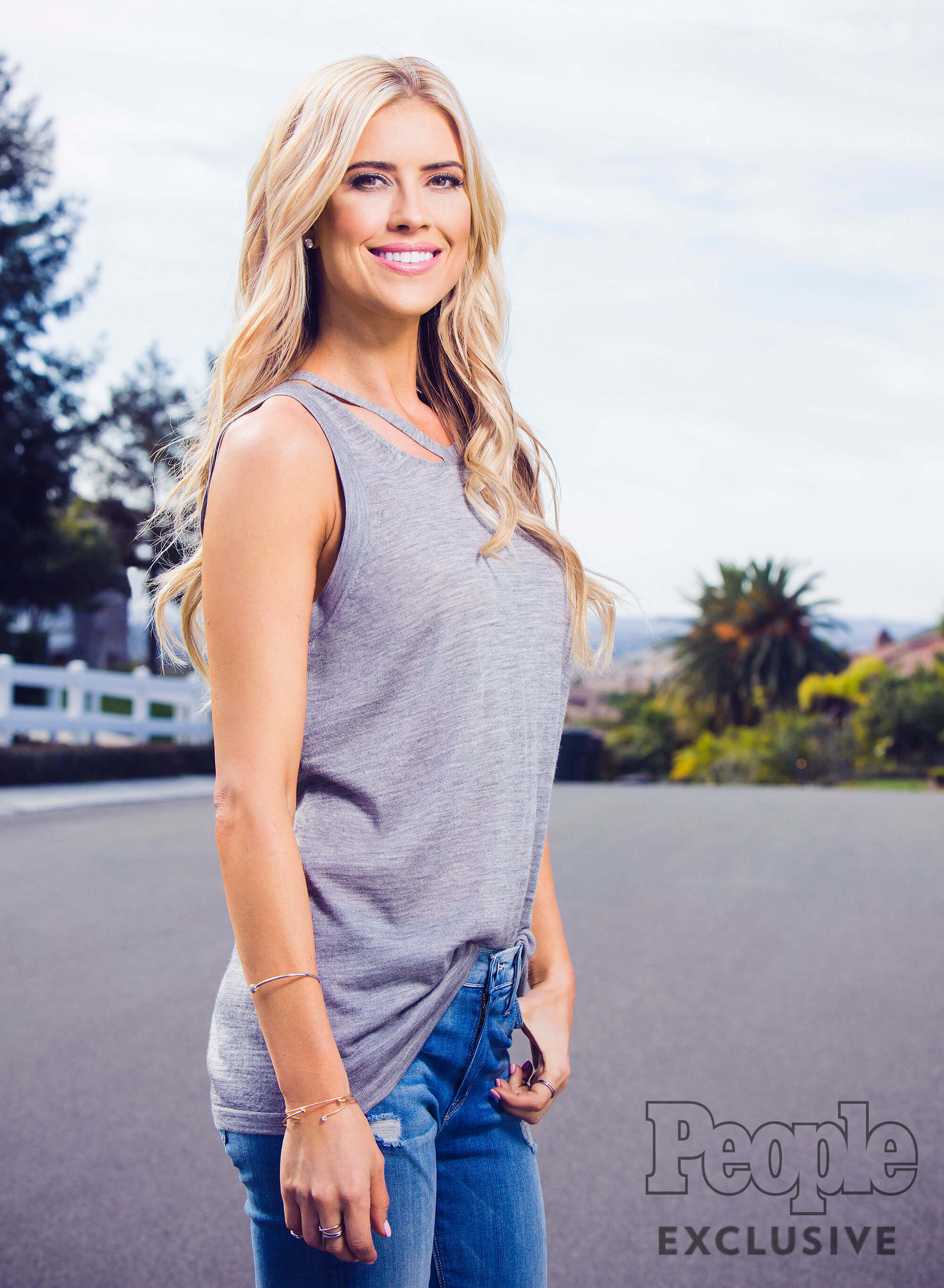 Christina Anstead hot pic