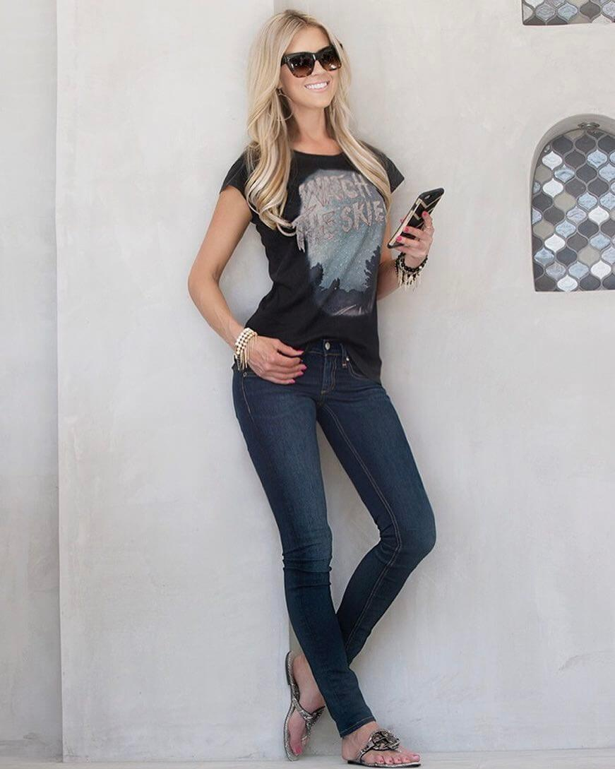 Christina Anstead sexy tite jeans