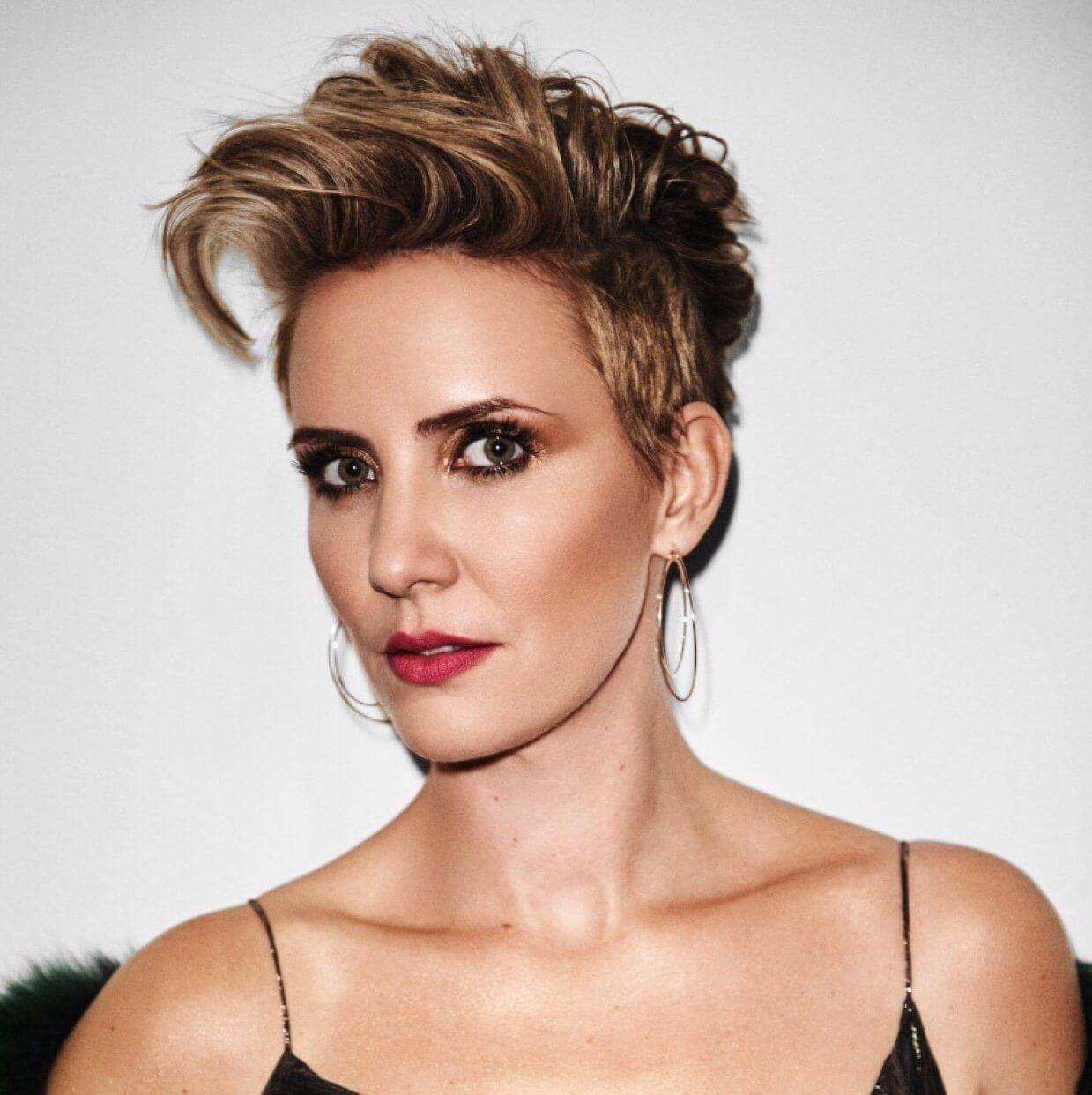 Claire Richards awesome