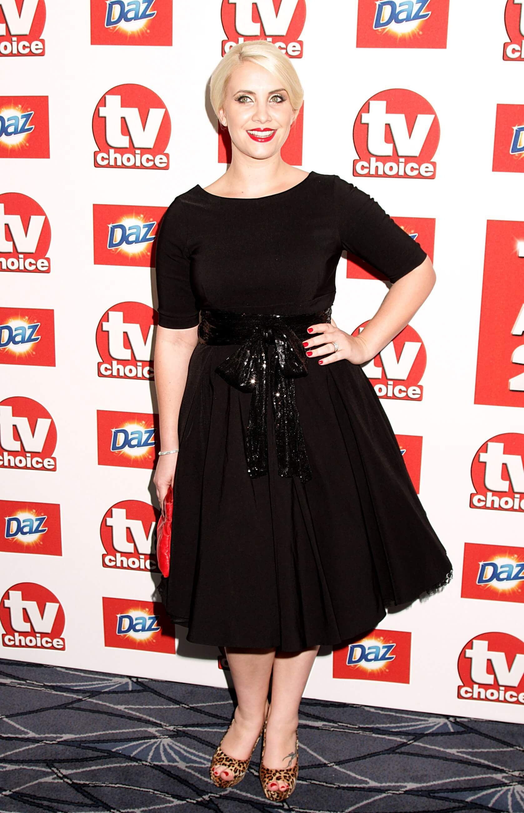Claire Richards black hot look