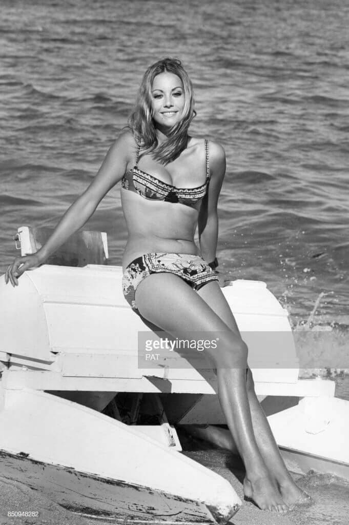 Claudine Auger hot feets